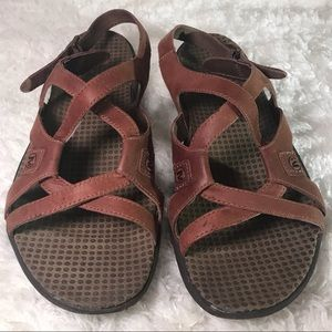 Merril strappy sandals brown size 8